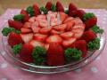 イチゴの米粉ケーキ: 生地:米粉・ジャガ芋のすり潰し・重曹・メールシロップ・油