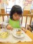 スプーンで食べるのもすっかり上手になりました!