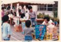校庭のテントもお借りして、飲み物/食べ物を販売いたしました。