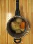 丸ごと野菜スープは煮物やお味噌汁のベースとして使います。