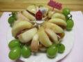 桃いっぱいフルーツケーキでお祝い!